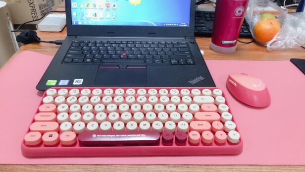 镭拓RF100与雷神KG3104幻彩游戏机械键盘有明显区别吗?手感哪款比较好?哪个操作方便