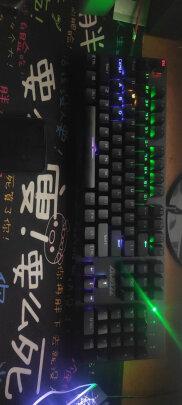 黑爵守望者Ⅱ 黑色 黑轴与狼蛛F2088 银白 圆键 青轴区别明显不?按键哪款比较舒服,哪个手感一流