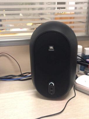 JBL 104对比威斯汀B05组合黑色有啥区别?哪款低音比较震撼?哪个外观漂亮?