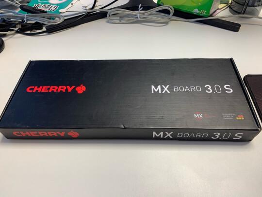CHERRY MX-BOARD 3.0S跟酷冷至尊SGK-4035-KKCM1-US到底区别是什么?按键哪个舒服,哪个反应灵敏?