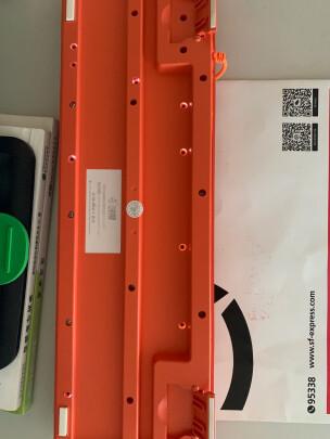 斗鱼DKS100橙色与飞利浦SPT6501B有何区别,哪个手感更好?哪个灵敏度佳?