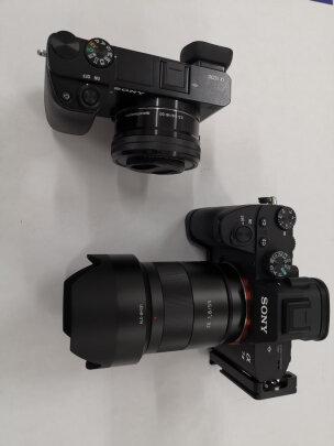 索尼SEL55F18Z跟适马35mm F1.4 DG HSM哪款更好?画质哪款比较好?哪个质感极佳