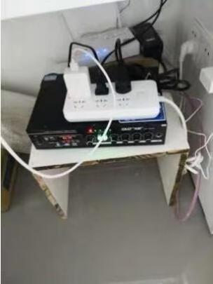 先科SA-5016与先科吸顶喇叭套装四区别很大吗?操控哪款比较简单,哪个不占空间?