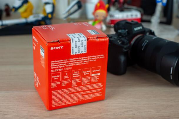 索尼SEL35F18F怎么样?虚化效果好不好,做工精细吗?