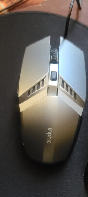 英菲克V680h游戏键鼠套装和灵蛇MK210铁灰版有本质区别吗,按键哪款舒服?哪个十分酷炫?