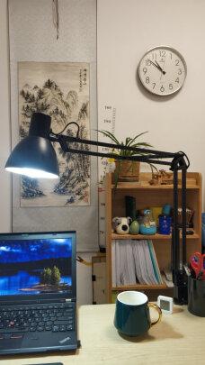 好视力LED台灯和美的LED台灯有哪些区别,操作哪个比较便捷?哪个明亮柔和?