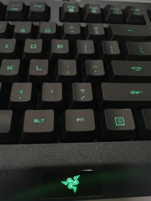 雷蛇萨诺狼蛛专业版对比雷柏V700RGB合金版有明显区别吗?哪个手感好?哪个倍感舒适
