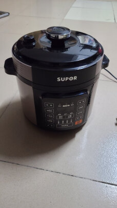 苏泊尔SY-50YC8110E对比九阳Y-60C817哪个好点,哪个耐用性更加高,哪个安装师负责