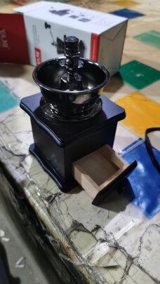 亚米小木手摇磨豆机与焙印BY011212究竟区别明显不?哪个操作更简单?哪个操作简便?