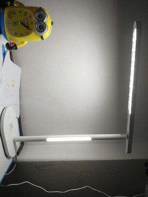 欧普台灯跟松下HH-LT0610区别明显吗?哪个做工比较好,哪个简单大方?