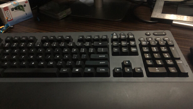 G 613对比罗技MX Keys区别大吗?手感哪款比较好?哪个质量上乘