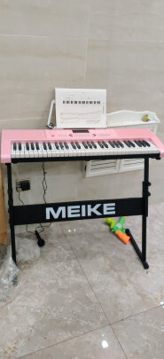 美科-288粉色智能版+琴架和美科MK-975(智能版)到底有区别没有?做工哪款比较精致?哪个悦耳动听?
