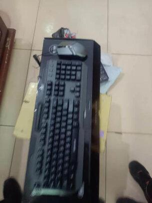 英菲克V680h游戏键鼠套装对比灵蛇MK210铁灰版究竟区别大吗?手感哪款更加好?哪个质量上乘