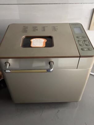 东菱DL-8117怎么样,烤面包软吗?外观漂亮吗?