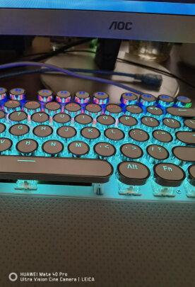 狼蛛F2088 银白 圆键 青轴跟新盟曼巴狂蛇有哪些区别?手感哪个更好?哪个倍感舒适