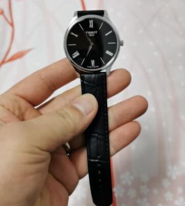 天梭男士手表与天梭石英女表有明显区别吗,哪个做工比较精致?哪个防水性强