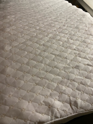 愉悦之家乳胶枕究竟好不好啊,弹性高吗?