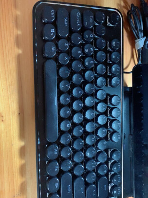 RK 圆点蓝牙机械键盘好不好?手感够不够好?手感一流吗?