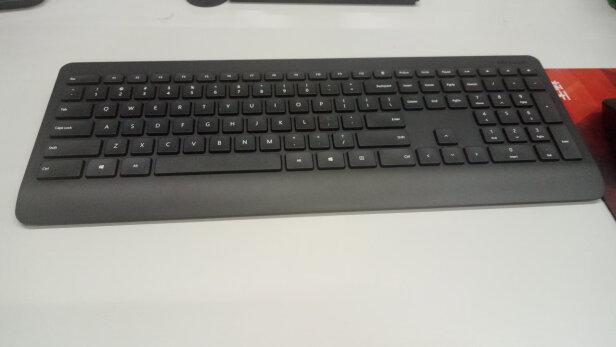 微软无线桌面键鼠套装900跟MSI GK50Z 电竞键盘到底有哪些区别?手感哪个更加好?哪个简洁大方