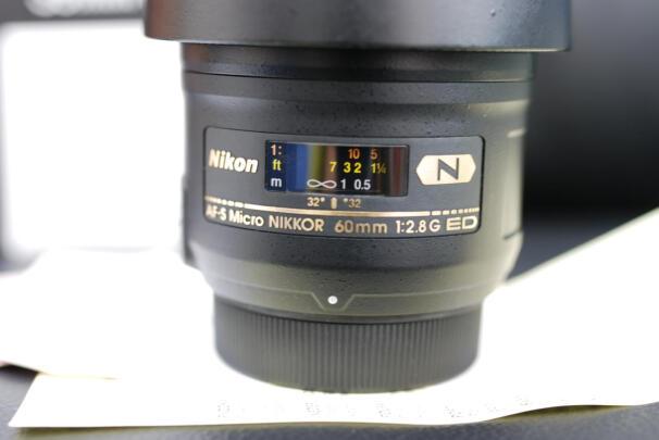 适马35mm F1.4 DG HSM与索尼SEL35F28Z有哪些区别?对焦哪个比较准,哪个分量十足?