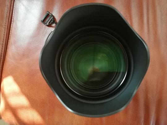 适马ART85mm F1.4 DG HSM跟SONY SEL1670Z区别很大吗?哪个对焦快?哪个虚化完美?