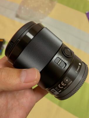 索尼SEL35F18F好不好?锐度高吗?色彩艳丽吗?