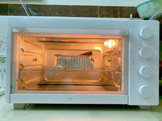 米家电烤箱跟美的PT3502到底哪个更好,加热哪款快?哪个鲜香味美