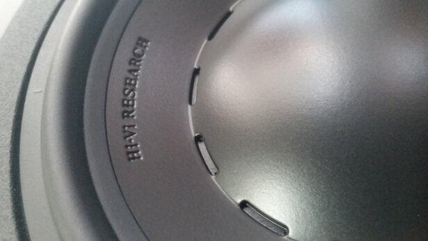 惠威D3.2F与酷开Max 3到底哪个好?低音哪个比较深沉?哪个功率强劲?