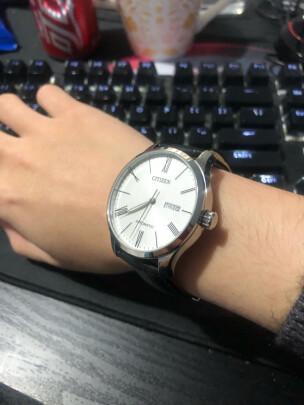 西铁城自动机械男表对比卡西欧男士手表有啥区别,哪个时间更加精准?哪个精致灵巧