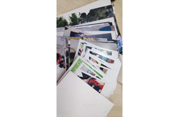 富士7英寸照片跟富士5英寸白边正方形绒面哪款好点?哪款色差小?哪个十分漂亮?