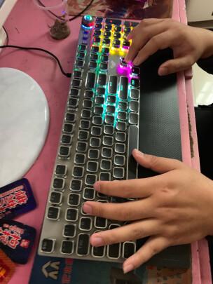 狼蛛F2088 银黑 茶轴对比MSI GK50Z 电竞键盘究竟有区别没有?哪个手感更好?哪个简单方便?