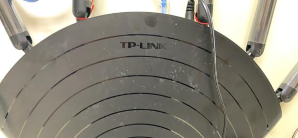普联TL-WDR7661千兆版对比RedMI 路由器RM2100哪款好?穿墙能力哪款比较强,哪个传输快捷?