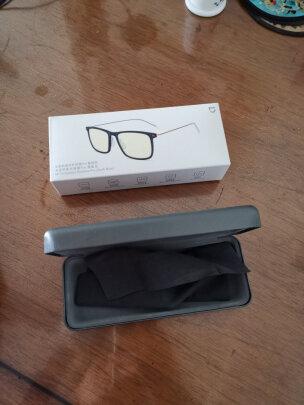 米家防蓝光护目镜 Pro和京东京造防蓝光护目镜哪款好?哪款防辐射效果比较好,哪个修饰脸型?