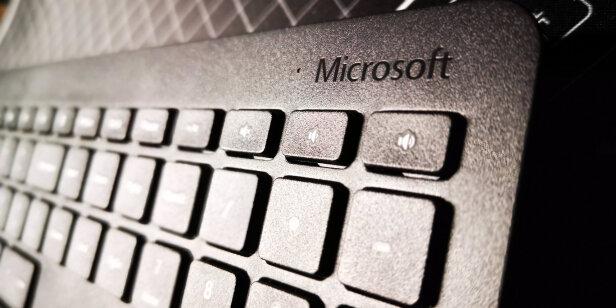 微软无线桌面键鼠套装900对比MSI GK50Z 电竞键盘区别是什么,哪款按键更加舒服?哪个尺寸合适