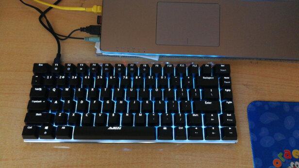 AJAZZ AK33跟微星GK50Z 电竞键盘有哪些区别?哪个手感更好,哪个反应灵敏