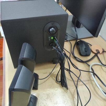 漫步者R101V对比小度人工智能音箱究竟哪款更好?声音哪款比较清晰?哪个黑色耐脏