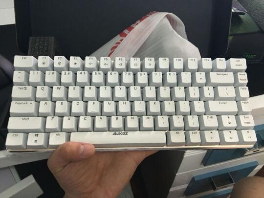 黑爵ak33跟MSI GK50Z 电竞键盘究竟如何区别?按键哪个更加舒服