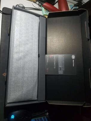 酷冷至尊SGK-4035-KKCM1-US对比CHERRY MX Board 1.0 TKL区别明显吗?做工哪个比较好