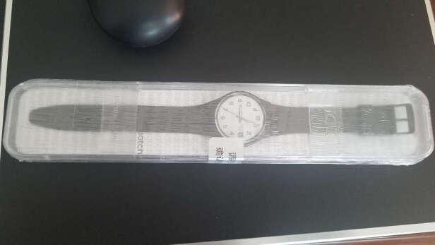 斯沃琪石英中性手表到底好不好呀?走时够准吗,小巧精致吗?