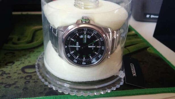 西铁城光动能男表与卡西欧男士手表到底区别是什么?哪个档次更加高?哪个防水性强?
