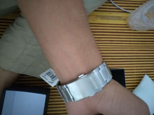卡西欧男士手表与卡西欧日韩表哪款更好?哪个时间更准?哪个漂亮时尚?