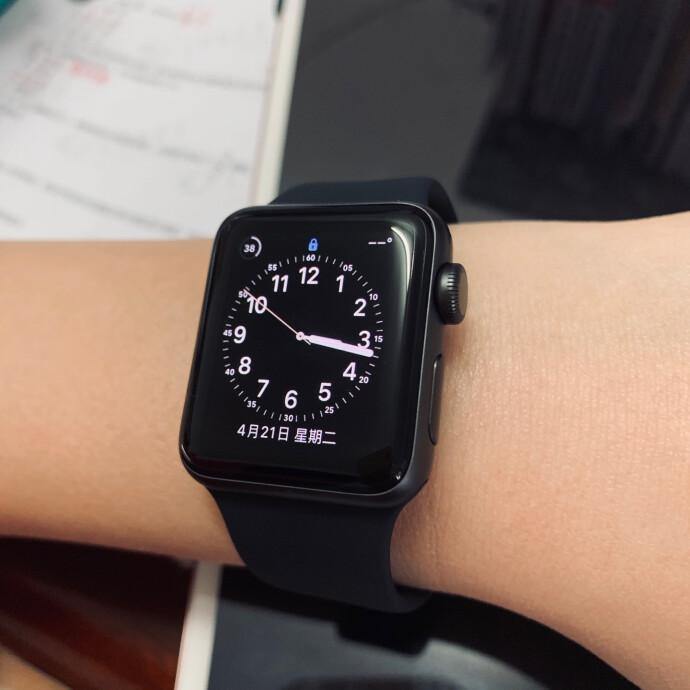 Apple 苹果 Apple Watch Series 3 智能手表 GPS款 38毫米 ¥1269秒杀