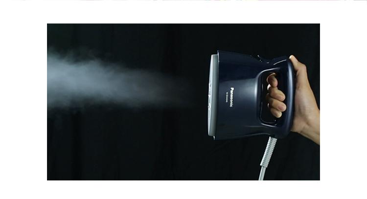 松下(Panasonic)电熨斗家用 手持蒸汽挂烫机 高温杀菌 30秒快速启动 礼盒套装 NI-GHA046-DJ